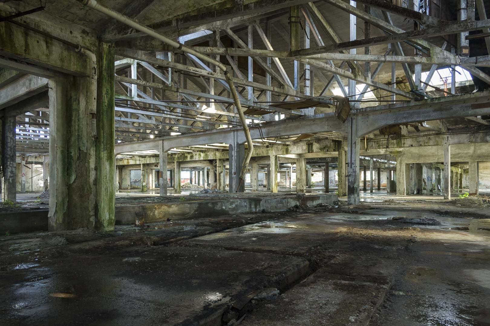 Inside Garis – Abandoned Brakes Factory – Nichelino, Italy