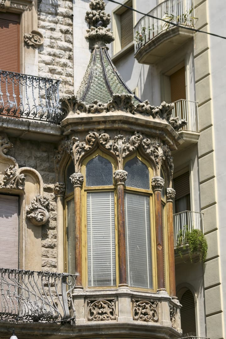Architectural detail of a house on Rambla Nova in Tarragona