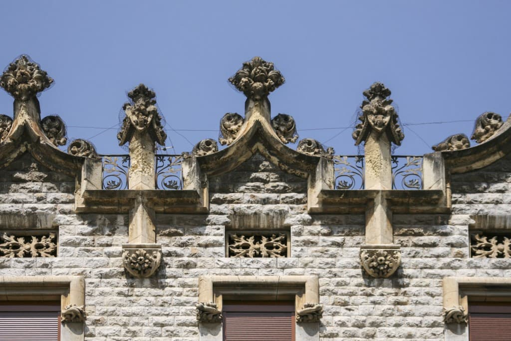 Decorations of a roof of a house in Tarragona