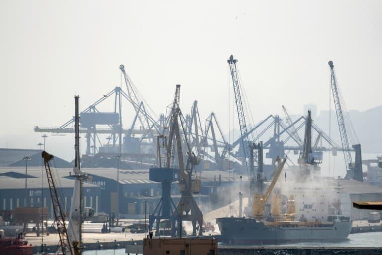 Cranes and ships at the Port of Tarragona
