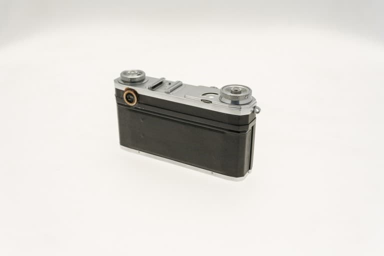 Kiev 4A (Киев) – Soviet 35mm Rangefinder Film Camera Back View