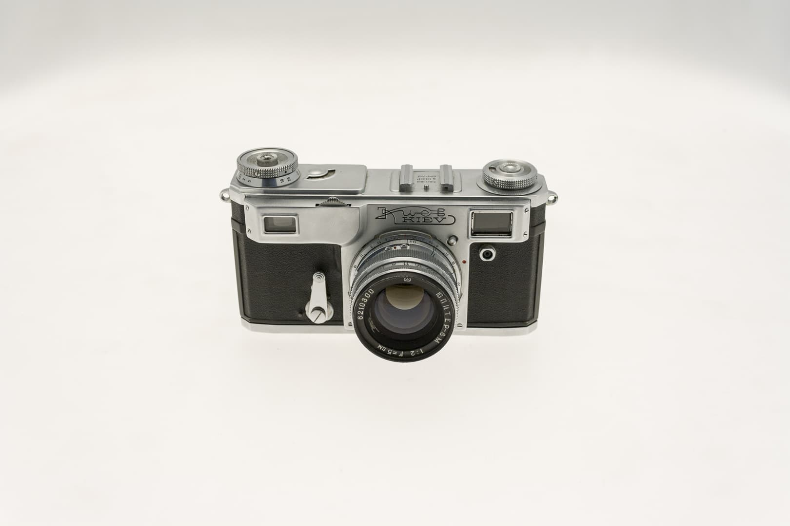 Kiev 4A (Киев) – Soviet 35mm Rangefinder Film Camera Front View
