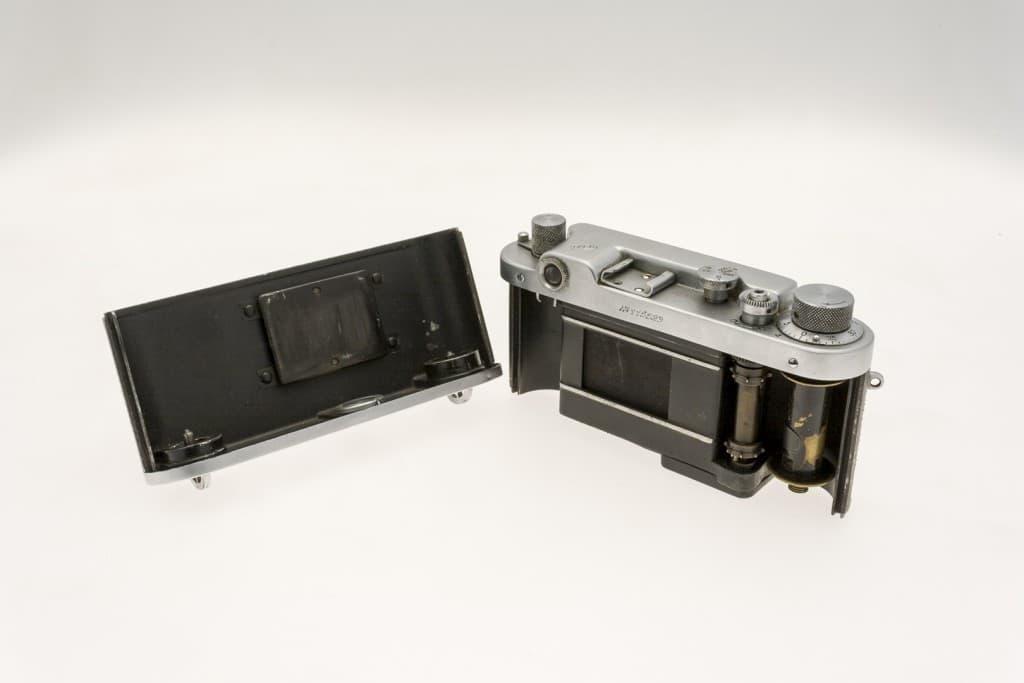 FED 2 (ФЭД) Soviet 35mm Rangefinder Film Camera Opened