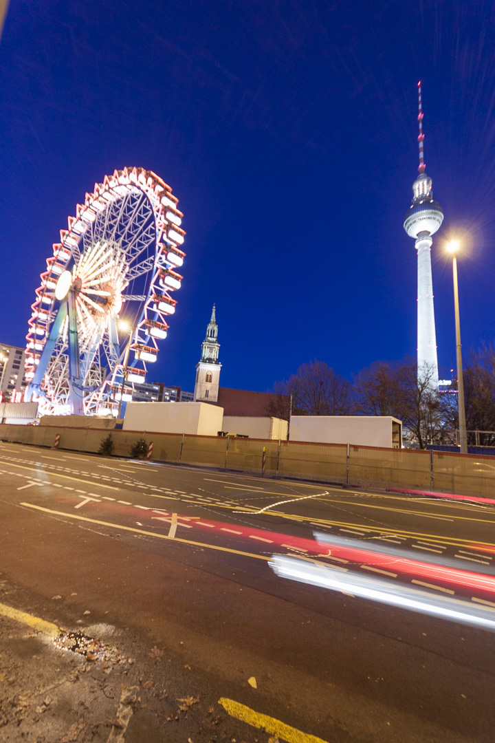 View from the Spandauer Straße on the Willenborg and Berliner Fernsehturm in Berlin – Germany