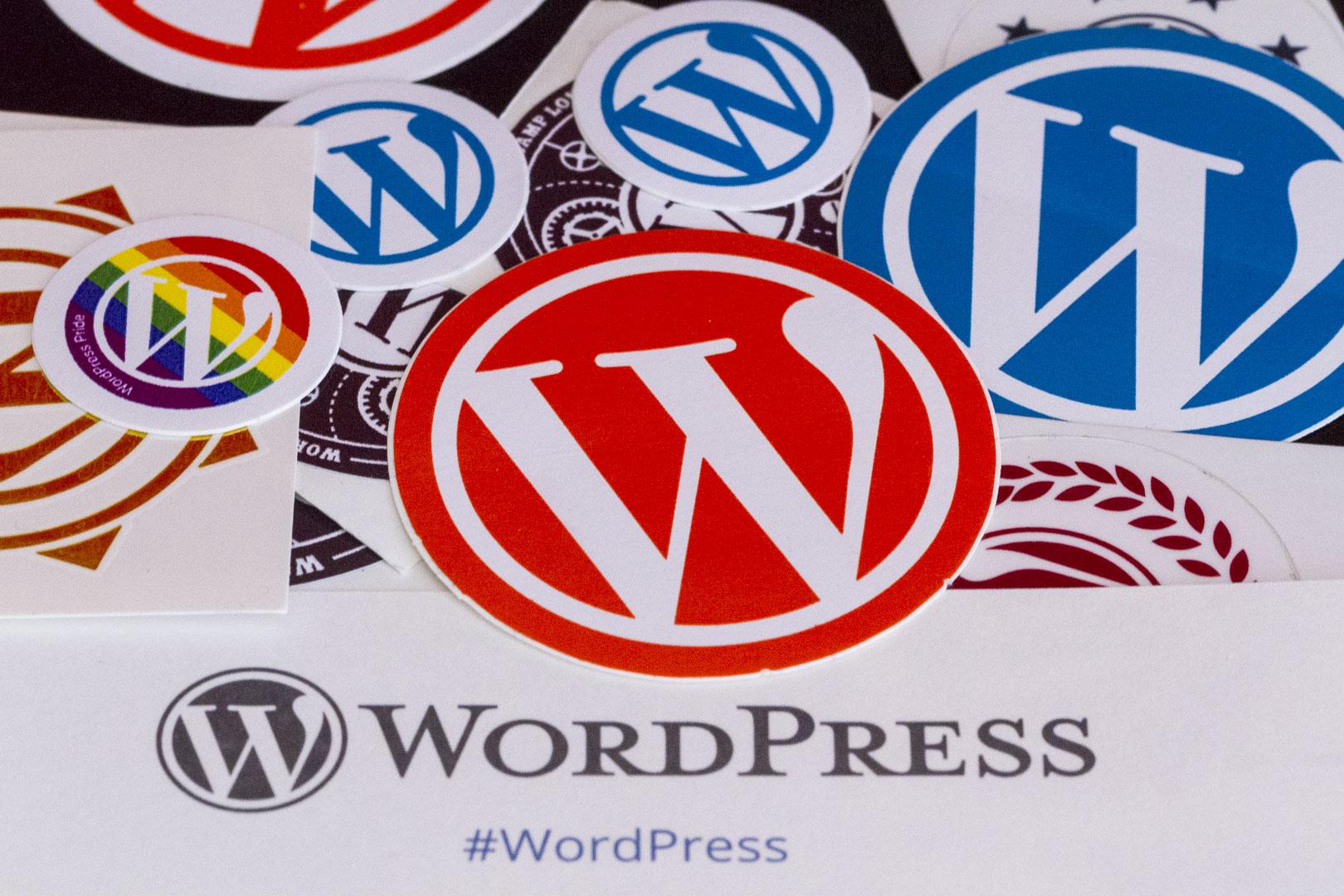 Adesivi con il logo WordPress