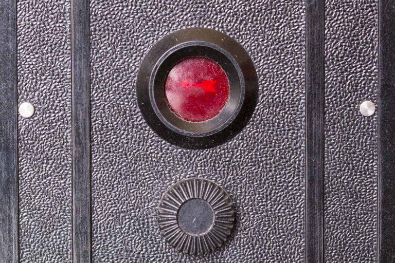 Lubitel (Любитель) – First 6x6 cm Twin Lens Reflex Soviet Film Camera